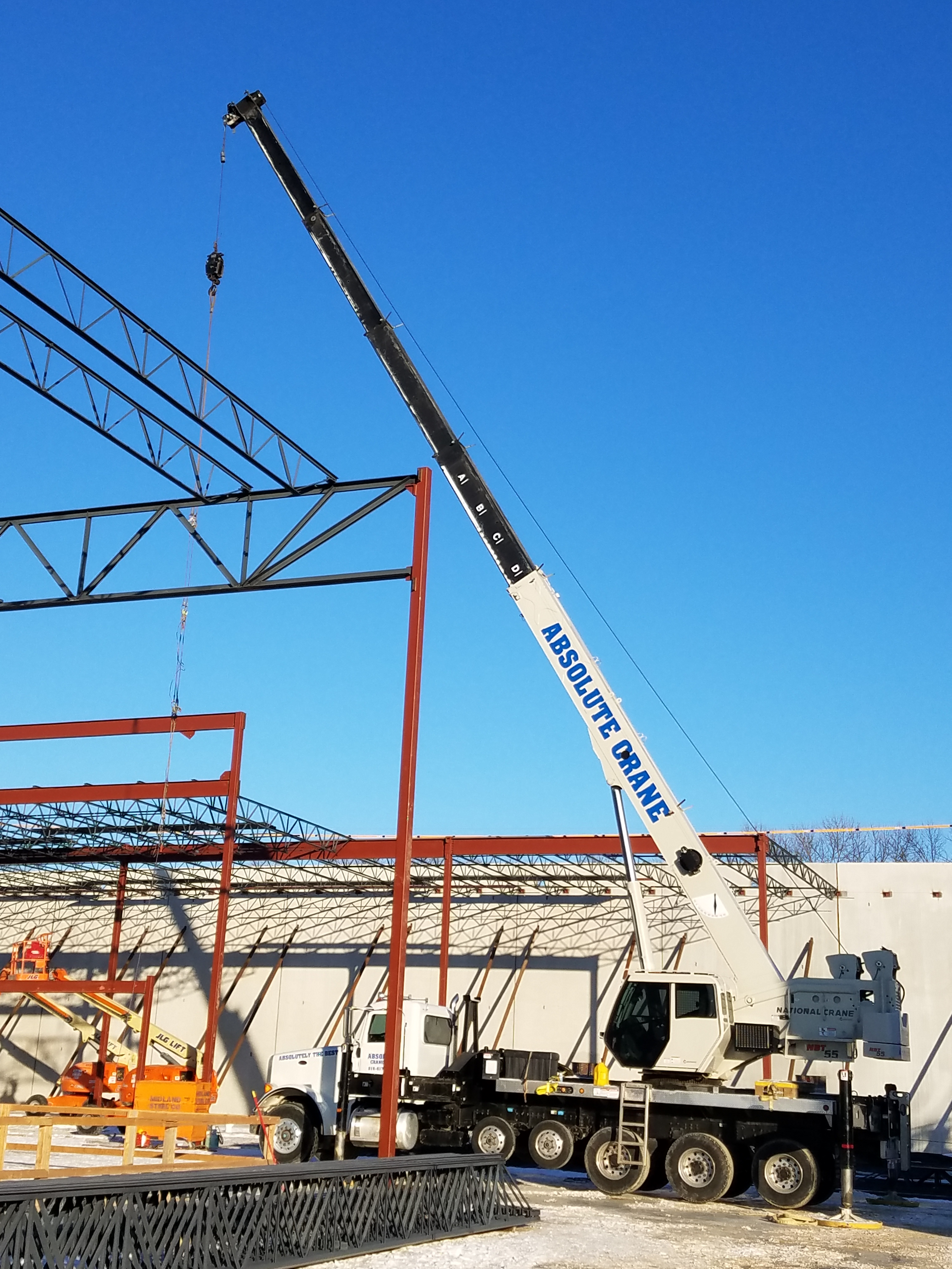 Midland Steel provides steel structure for ScreenX system in Liberty, Missouri